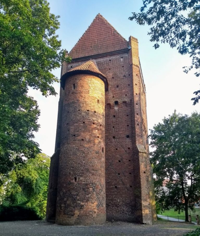 Baszta Halszki przy zamku w Szamotułach