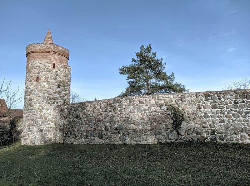 Baszta Zachodnia - Trzcińsko Zdrój