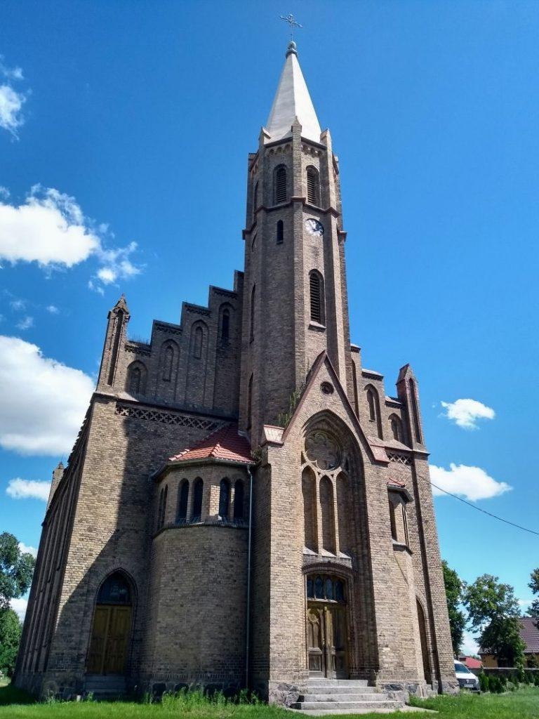Kościół Matki Boskiej Szkaplerznej w Głuchowie